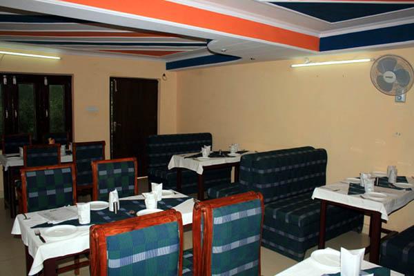 Hotel Pine Havens Room 2